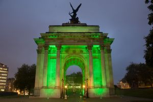 Wellington Arch, London, lit up for financial drinks reception
